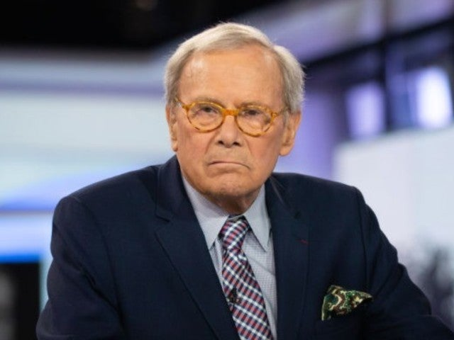 Tom Brokaw Narrowly Escapes Massive Fire in His New York City Apartment Building