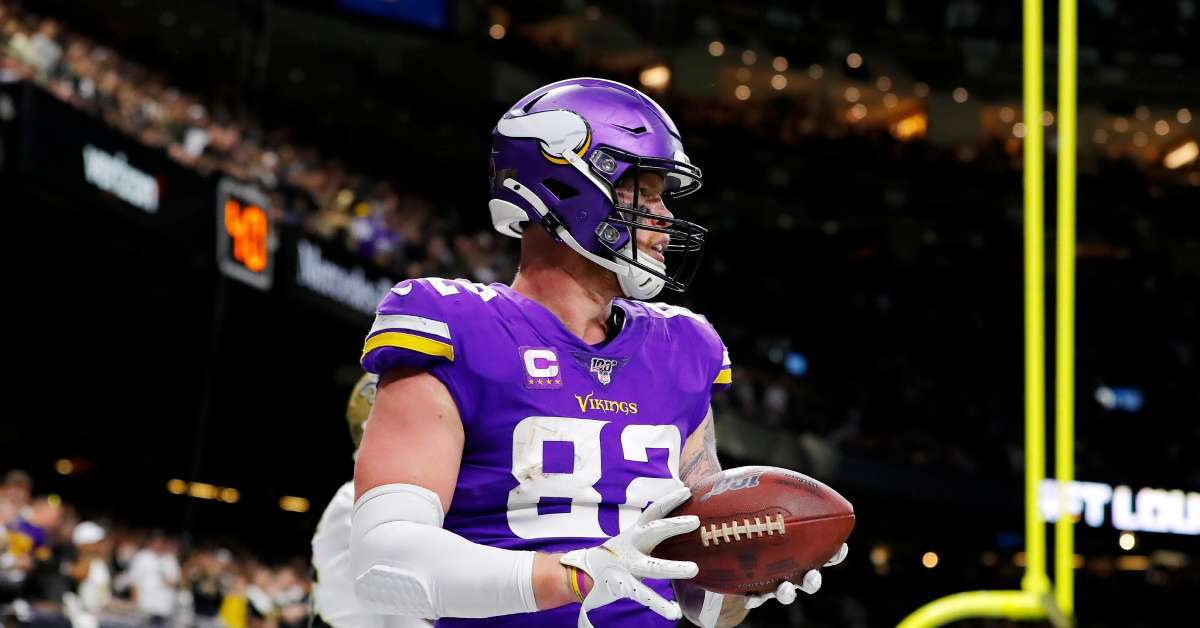 Viking Kyle Rudolph recacts playoff gloves sold ebay