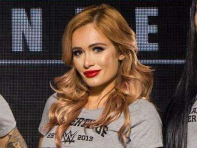 WWE: Scarlett Bordeaux Posts Steamy 'Work Uniform' Photo and Fans Love It