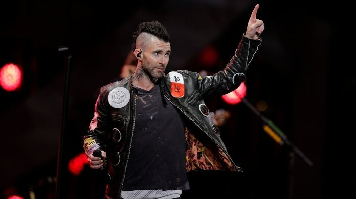adam levine chile getty images