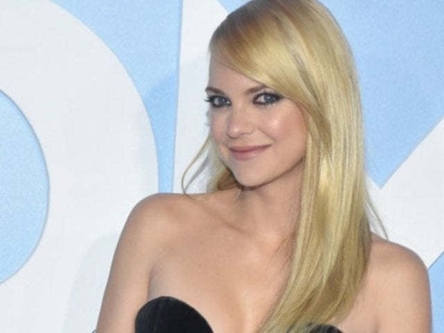 Anna Faris Finally Reveals Huge Engagement Ring in New Photos