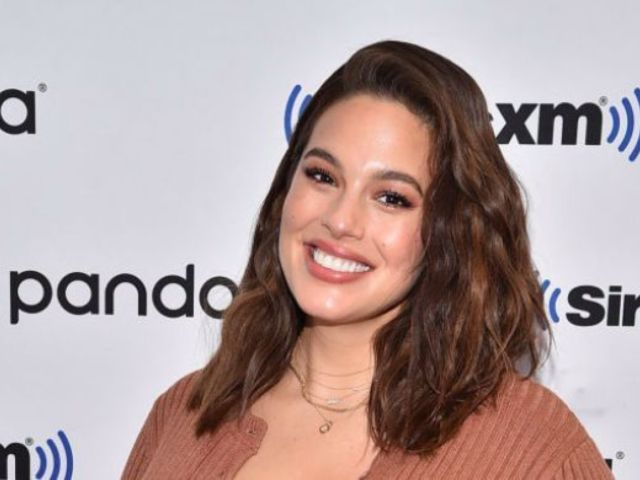 Ashley Graham Relives Sports Illustrated Model's Negative Comments to Her Swimsuit Cover