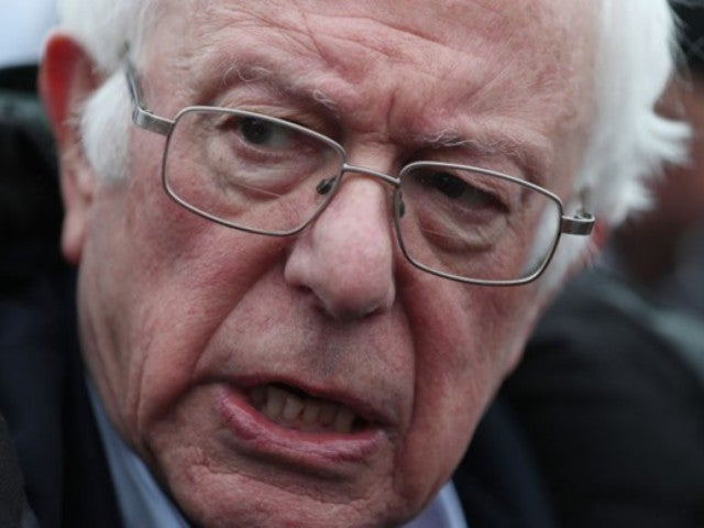 Bernie Sanders Wins Democratic New Hampshire Primary, and Onlookers Around the Country Are Sounding Off