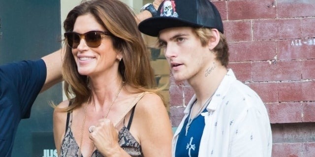 Presley Gerber Loving Attention For Face Tattoo While Mom Cindy Crawford Seeking Therapist For Him