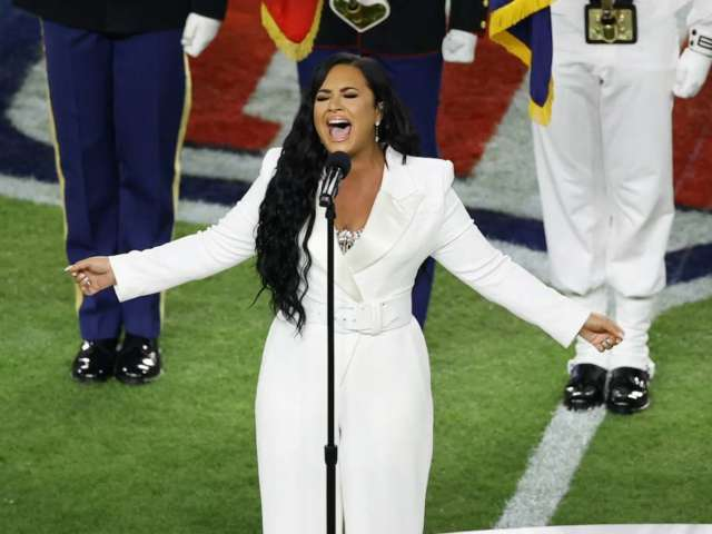 Super Bowl 2020: Watch Demi Lovato Perform the National Anthem in Miami