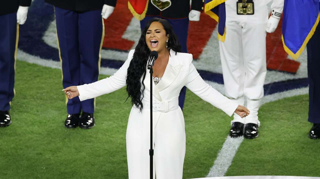 demi-lovato-super-bowl-national-anthem