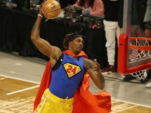 Kobe Bryant: Dwight Howard Pays Tribute to Late Laker With Superman Outfit