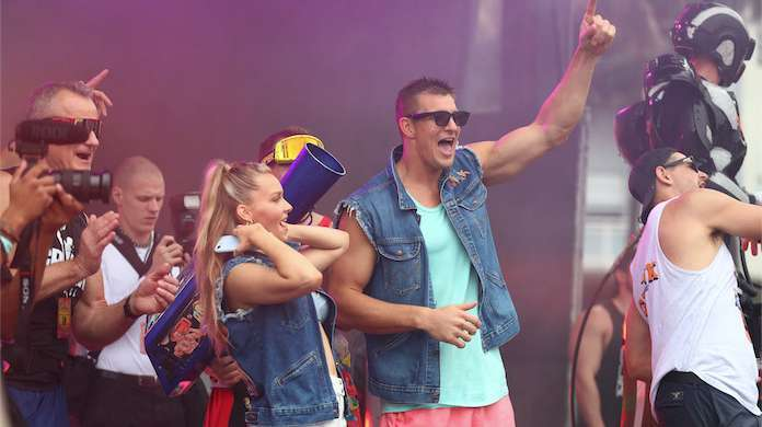 Gronk-Beach-Miami