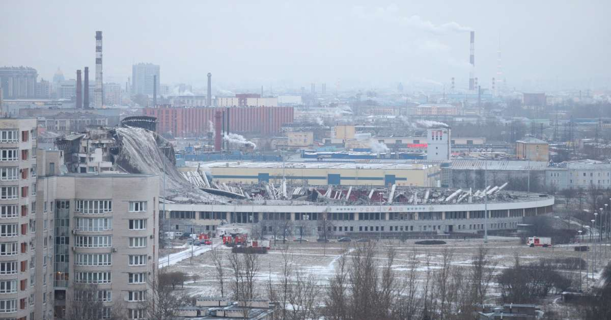 Ice hockey stadium collapse kills 1 injures others