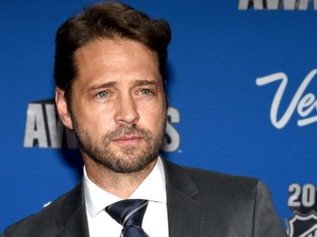 '90210' Alum Jason Priestly 'Heartbroken' Over Shannen Doherty's Cancer Diagnosis