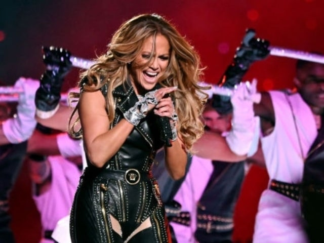 Super Bowl 2020: Jennifer Lopez's Stage Slide Video She Posted Gets Tons of Reactions