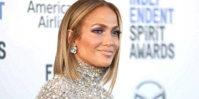 Jennifer Lopez Spotted in Rare Outing With Hair Extensions Fully Removed