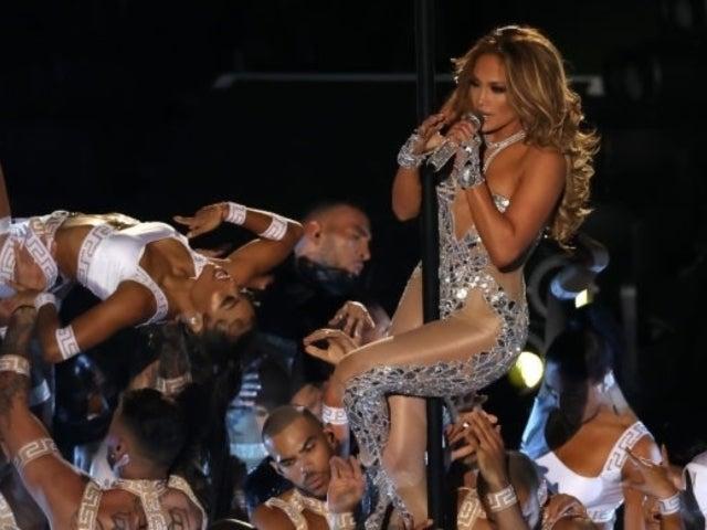 Super Bowl 2020: Jennifer Lopez Dazzled Fans Busting out Her 'Hustlers' Pole Dance Skills at Halftime