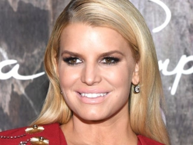 Jessica Simpson Addresses 'Gift' Remarks Following Vanessa and Nick Lachey's Confusion
