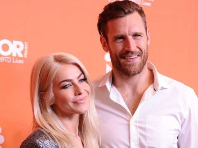 Julianne Hough Reacts to Estranged Husband Brooks Laich's New Mohawk
