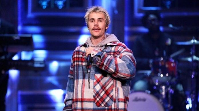 Justin Bieber Seasons-2
