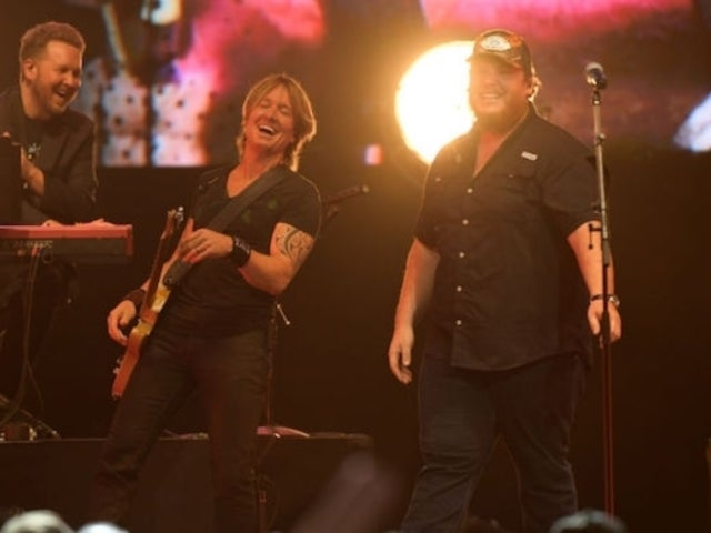 Keith Urban Invites Crowd to Keep it 'Loose' at Annual All for the Hall Nashville Benefit Concert