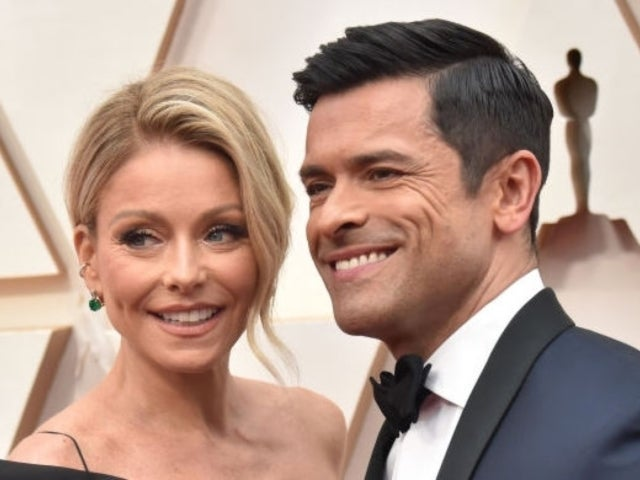 Kelly Ripa Shares Throwback Photo With Husband Mark Consuelos Holding Baby Lola During Family Trip to Hawaii