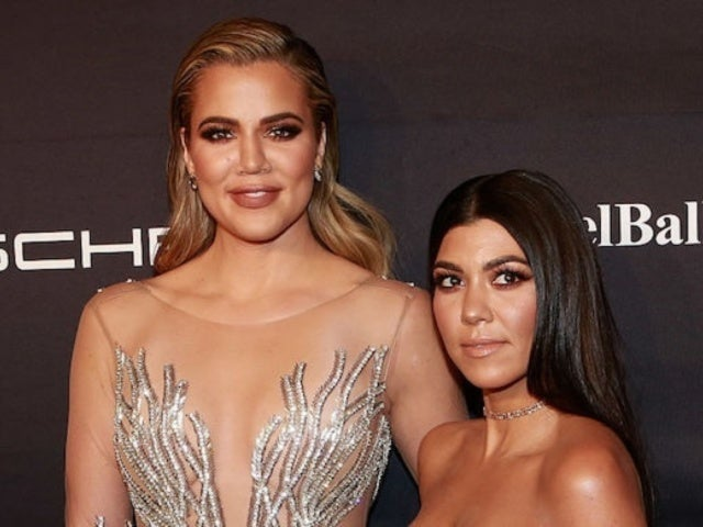 Kourtney Kardashian Claims Sister Khloe 'Ditched' Her at Oscars Party
