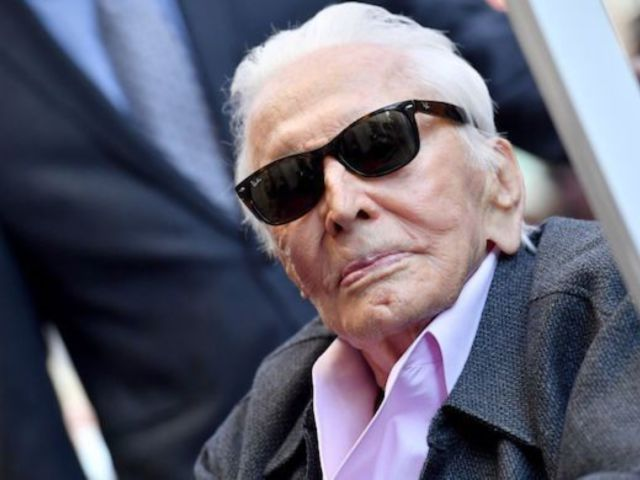 Kirk Douglas Detailed Surviving a Helicopter Crash That Killed 2 People Prior to His Death at 103