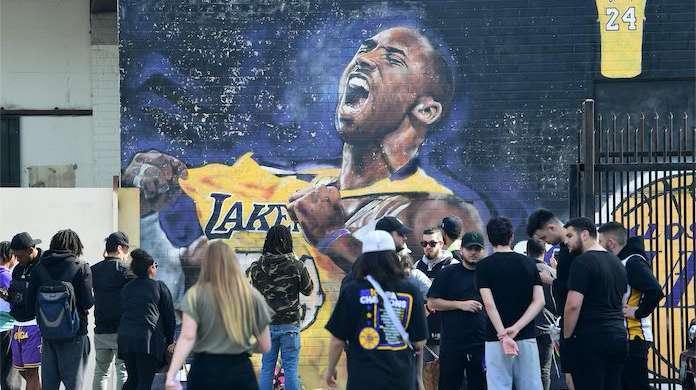 Kobe-Bryant-Fans