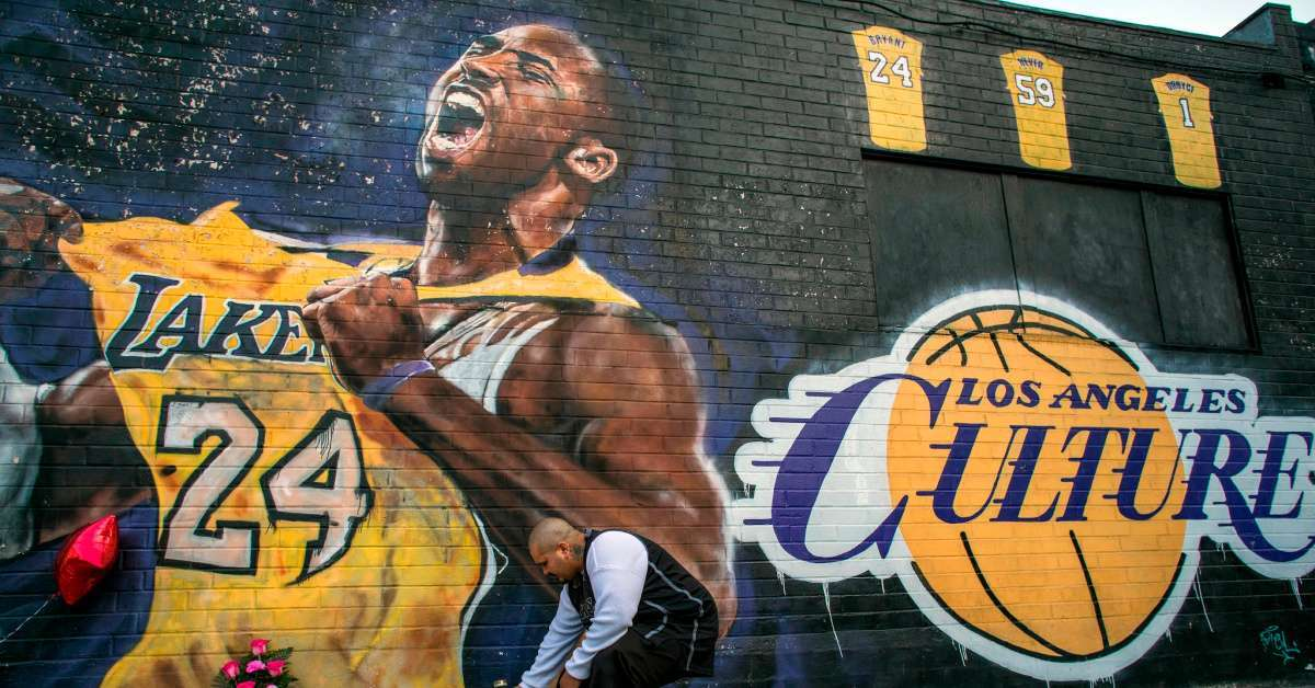 Kobe Bryant mural tributes Lakers New York