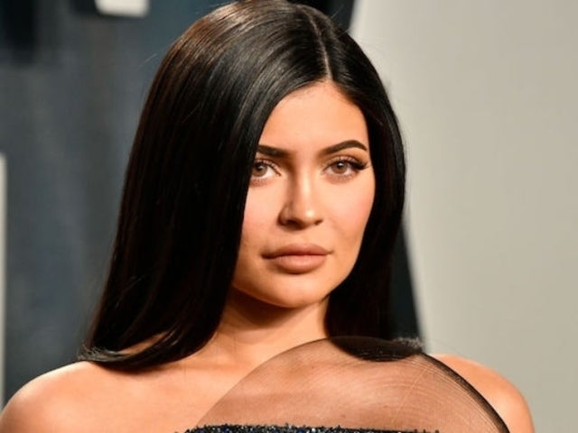 Oscars 2020: Kylie Jenner Stuns in 2 Different Dresses at After Parties