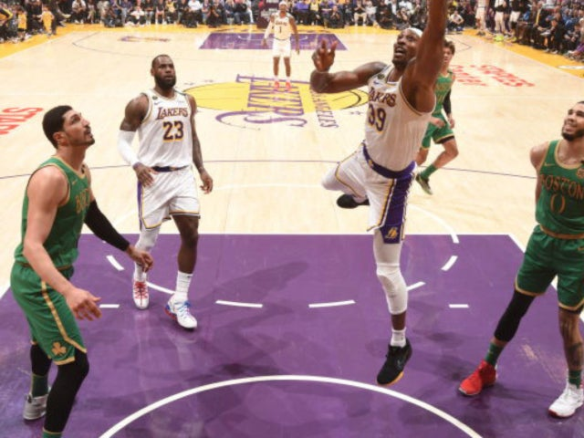Lakers Fans Rally Behind Team to Win for Kobe Bryant in Latest Game Against Rival Celtics