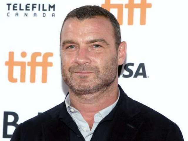 'Ray Donovan': Liev Schreiber Revealed Super Bowl Selfie Just Before Show's Cancellation
