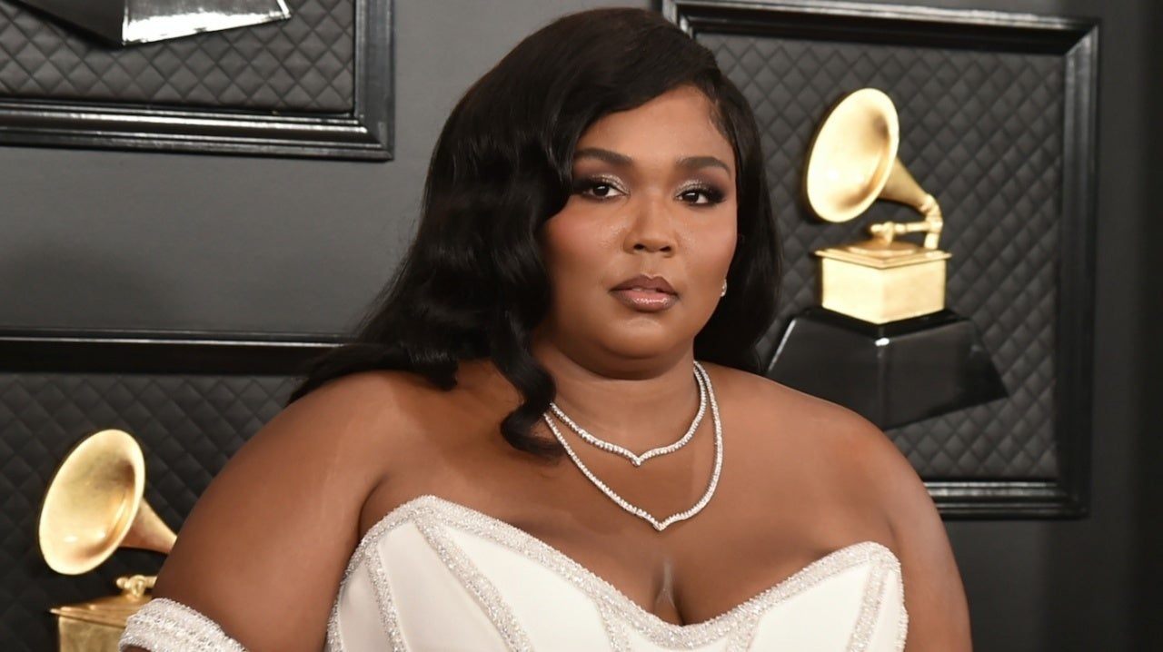 Lizzo Posts Tearful TikTok About 'Sadness' and Feeling Alone: 'I Don't Want to Feel This Way Anymore'.jpg