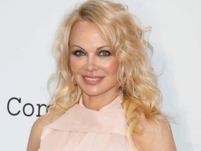 Pamela Anderson: Ex-Husband Jon Peters Ended 12-Day Secret Marriage With Text Message
