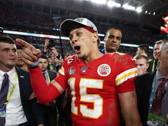 Photoshopped Picture of Patrick Mahomes Trolling Donald Trump With T-Shirt Goes Viral