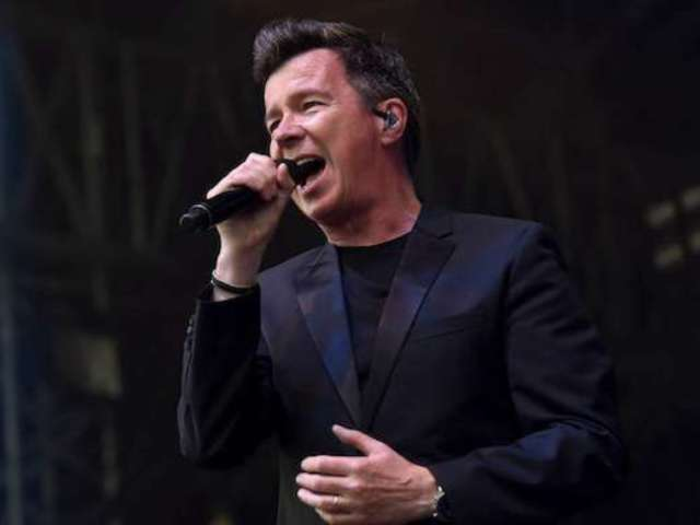 Super Bowl 2020: 75K People Wanted a Rick Astley Halftime Show Cameo But Were Left Disappointed