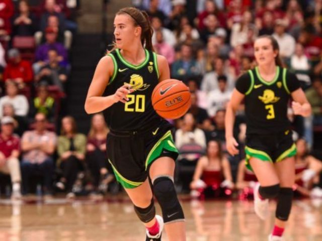 Kobe Bryant Celebration: Fans Praise Sabrina Ionescu After Setting NCAA Record Hours After Touching Memorial Speech