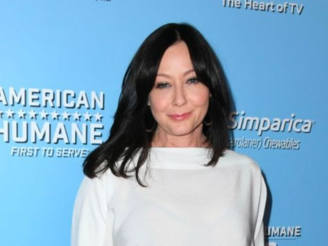 Shannen Doherty Fans Are Heartbroken After '90210' Star Reveals Stage 4 Cancer Diagnosis
