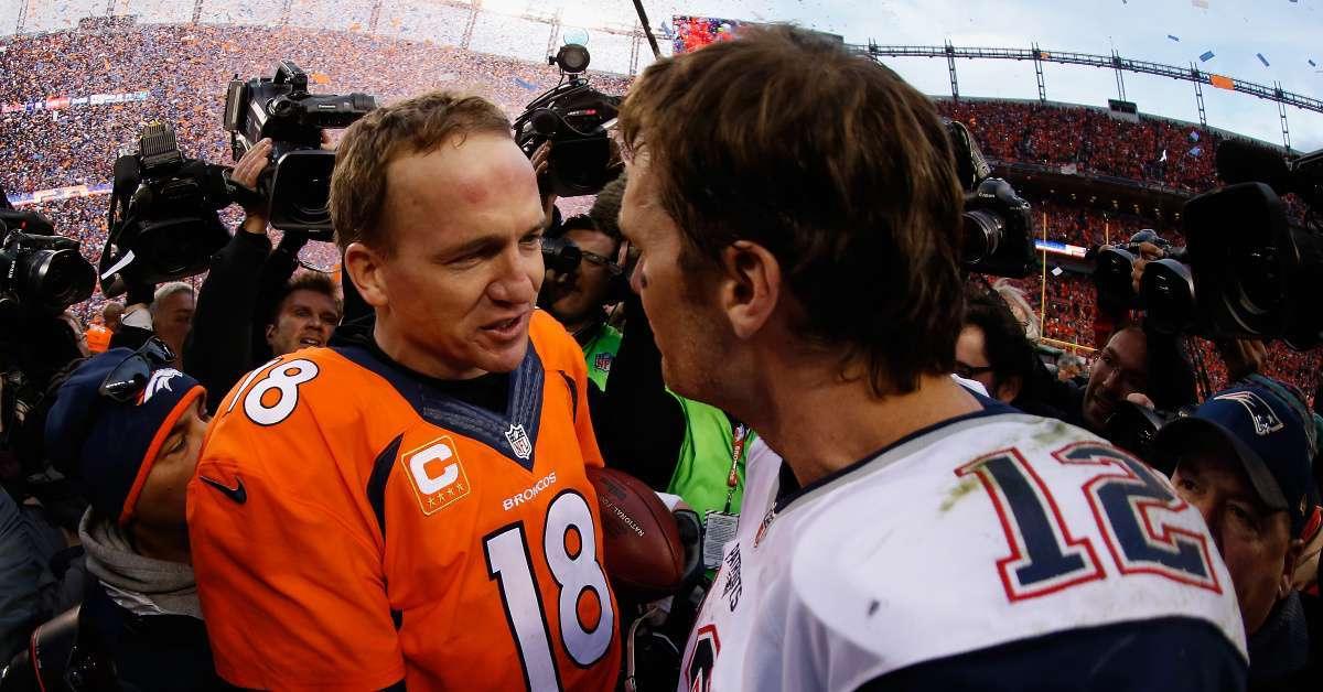 Super Bowl 2020_ Peyton Manning Tom Brady GOAT selfie fans go wild