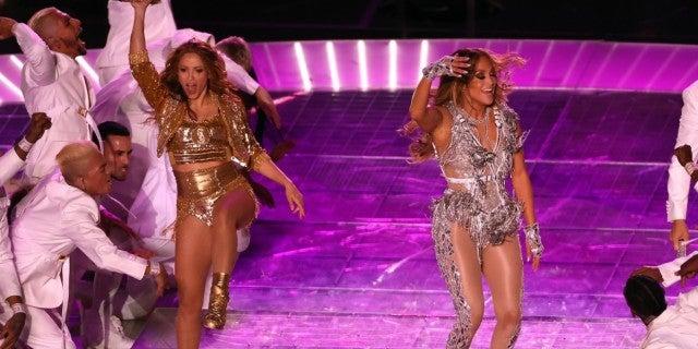 Super Bowl 2020: Jeb Bush's Comments About Halftime Show With Jennifer Lopez and Shakira Light up Social Media