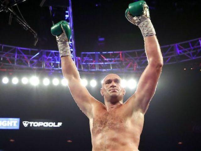 Deontay Wilder vs. Tyson Fury 2: Fury Licks Wilder Following Win in Bizarre Viral Moment