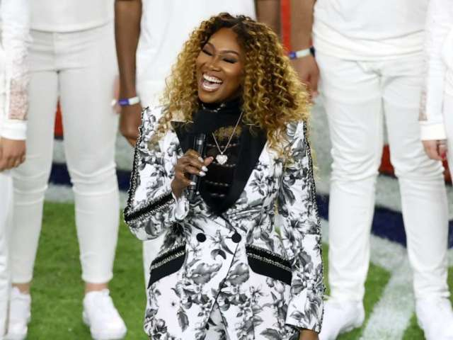 Super Bowl 2020 'America the Beautiful' Performance: Who Is Yolanda Adams?
