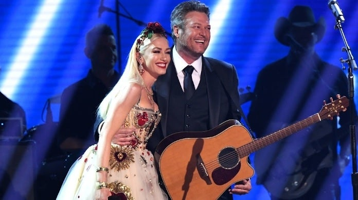 blake shelton gwen stefani getty images