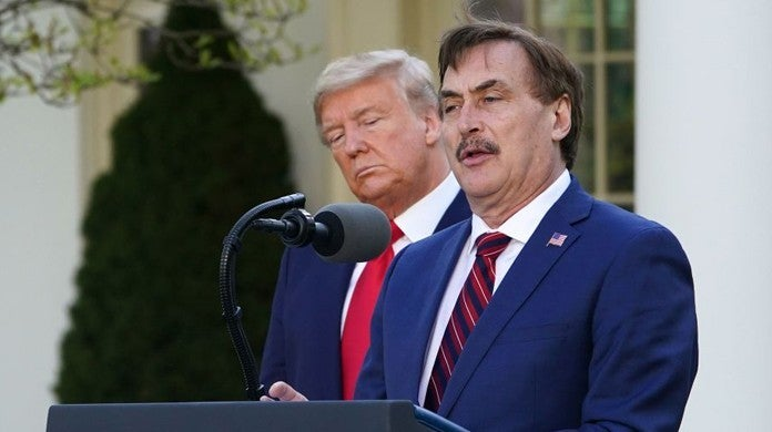 donald-trump-mike-lindell-getty