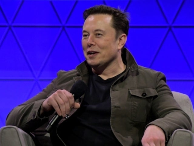 Elon Musk Says He Brought 1,255 Venitilators From China to Help in Coronavirus Response
