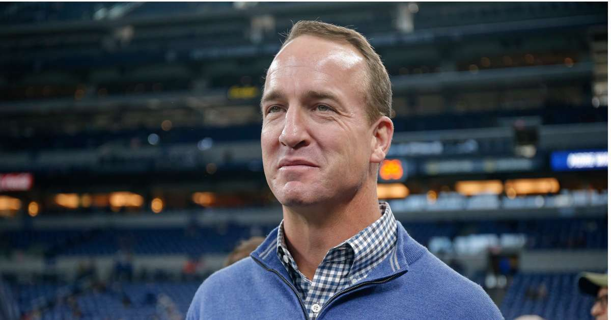 ESPN Peyton Manning ready to offer 20 million contract Monday Night Football