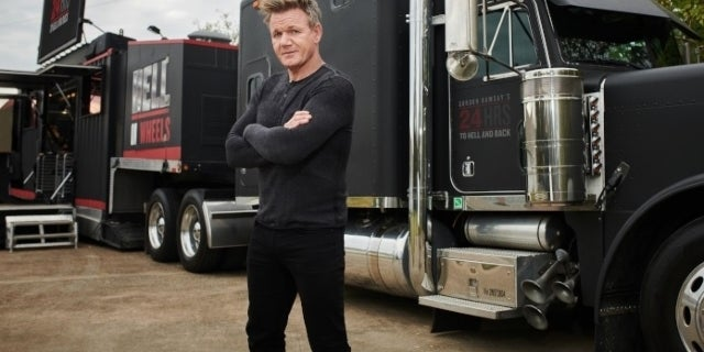 Gordon Ramsay Is Unrecognizable as He Dresses as a Woman for '24 Hours to Hell and Back'.jpg