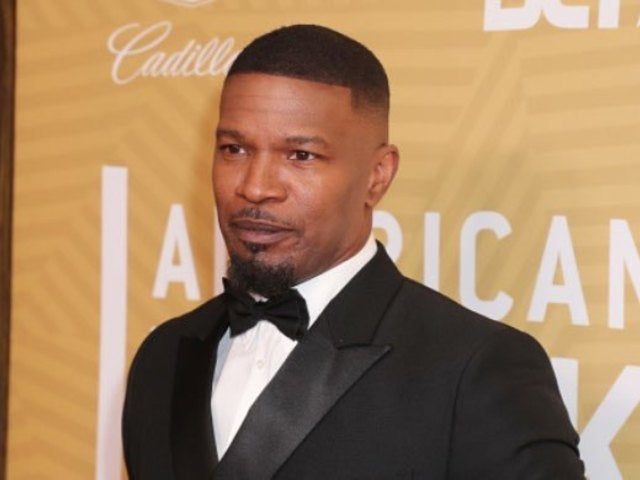 Jamie Foxx Spotted Using Hand Sanitizer After Fan Interaction Amid Coronavirus Concerns