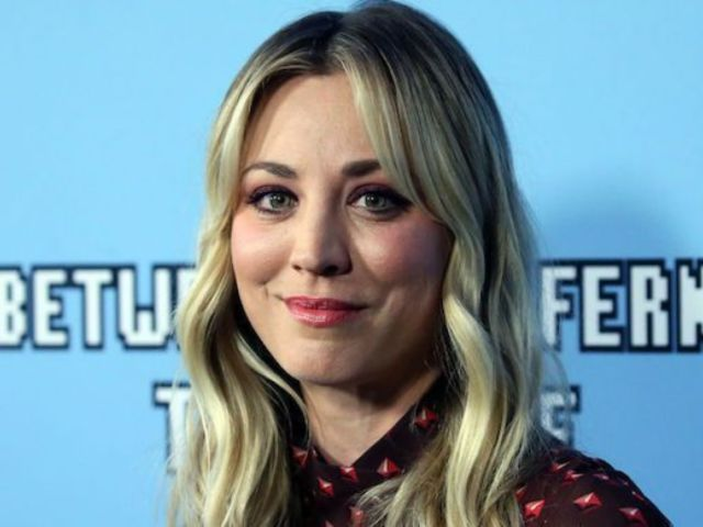 Kaley Cuoco Slams Mask Shamers After Posting Workout Video