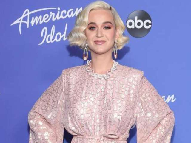 Katy Perry Steps out for First Time Since Welcoming Daughter Daisy Dove