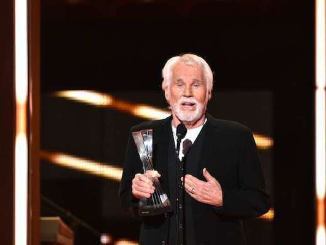 Kenny Rogers Mourned by 'MadTV' Impersonator Will Sasso