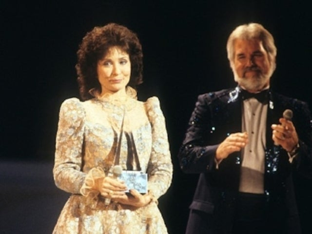 Kenny Rogers: Loretta Lynn Calls Him One of the 'Greatest Male Singers of Our Time'