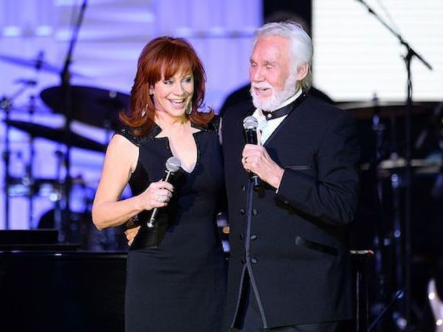 Kenny Rogers: Reba McEntire Speaks out on His Death, Says He's Now 'Singing With the Angels in Heaven